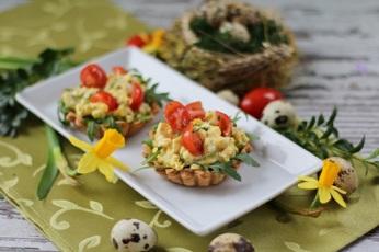 Tartaletky s vaječným salátkem