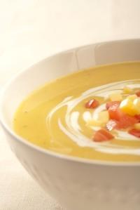 Čočková polévka s jogurtem