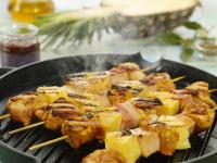 Špízy z vepřové panenky s ananasem