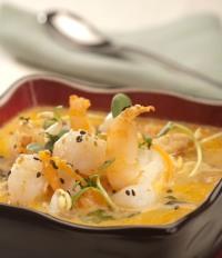 Thajská polévka s kuřecím masem
